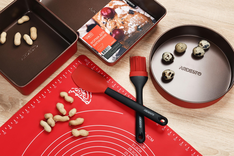 Серія Golden Brown – стандартний набір для запікання, що має бути на кожній кухні